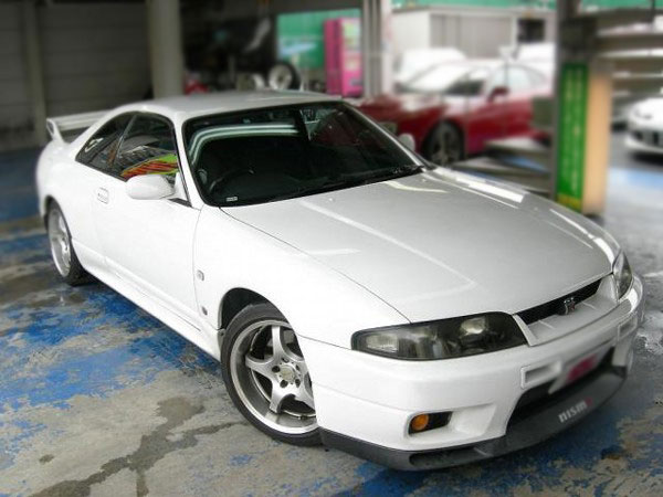 NISSAN SKYLINE GTR V SPEC BCNR33 FOR SALE