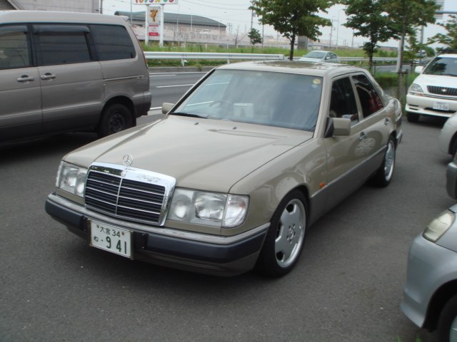 mercedes benz e300 rhd 1990 for sale japan car on track