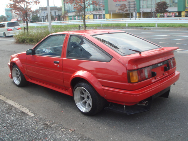 1985 year toyota corolla levin ae86 for sale car on track trading. Black Bedroom Furniture Sets. Home Design Ideas